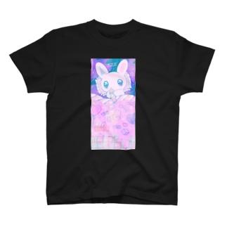 うさぎのおやすみ T-shirts