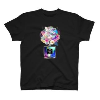 アンドアイデザイン 数秘&カラー🄬オマージュボトルNo33&オーロラインスピレーション T-shirts