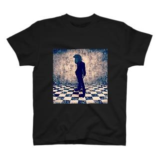 迷える羊探偵 T-shirts