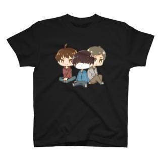 三人衆 T-shirts