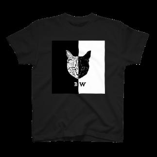 COMONOのBW Tシャツ