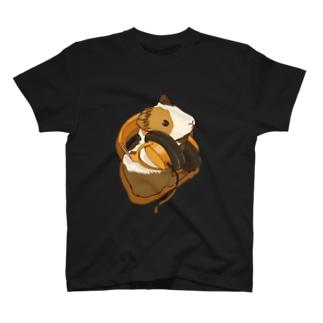 モルモットヘッドフォンオレンジ T-shirts