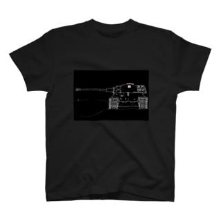 王虎(フレーム) T-shirts