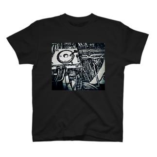 KAIBORG 02 T-shirts