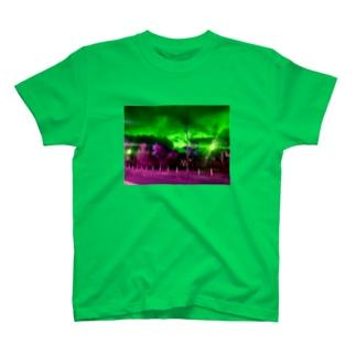 秋です T-shirts