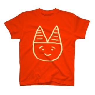 おに(クリーム) T-shirts