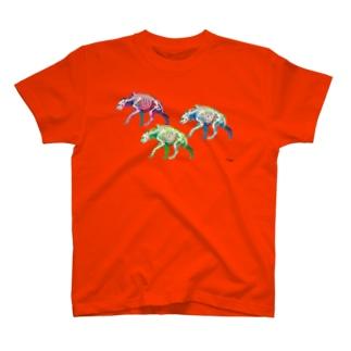 ブチハイエナ3 T-shirts