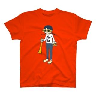 流行の最先端 T-shirts