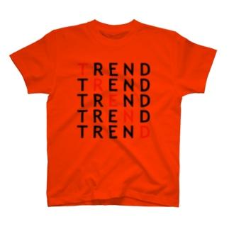トレンドを意識させる T-shirts