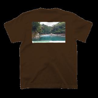 Hesseの野呂ロッジキャンプ場 T-shirtsの裏面