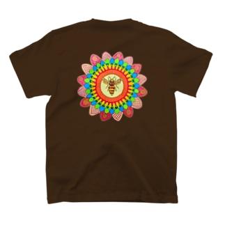 曼陀羅と蜂 T-shirts