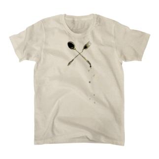 スプーンからこぼれた星 T-shirts