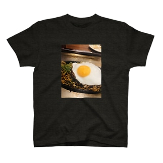 やきそば! T-shirts