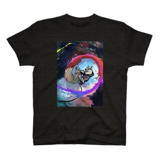白いきつねのアーティスト T-shirts