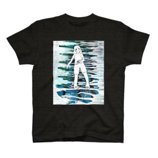 金輪際ガール T-shirts