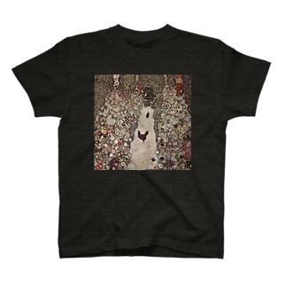 クリムト1917 鶏のいる庭の小道 T-shirts