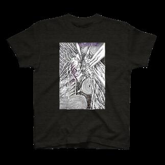 RewzのRewzの羽根 T-shirts