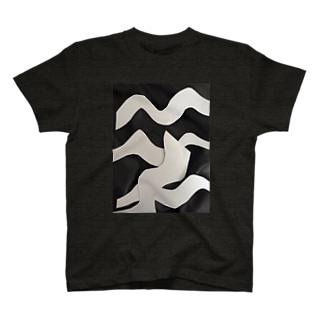 うねうねくん T-shirts