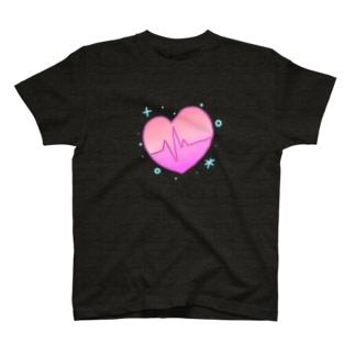 心拍数 T-shirts