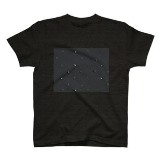 black01 T-shirts