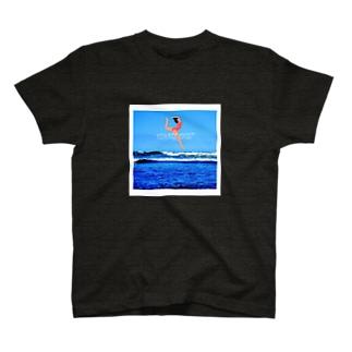 海でダンス T-shirts
