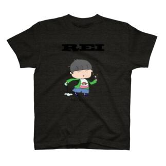 宇宙人 T-shirts
