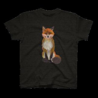 gomaphのふさ尾っぽキタキツネ Tシャツ