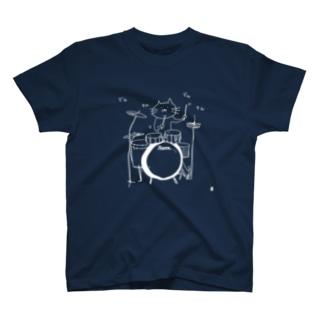 ドラムを叩く猫:線描きver. Tシャツ