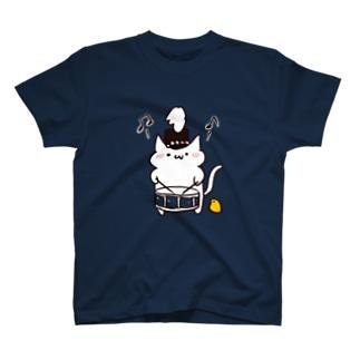 色が選べるマーチングスネアねこさん Tシャツ