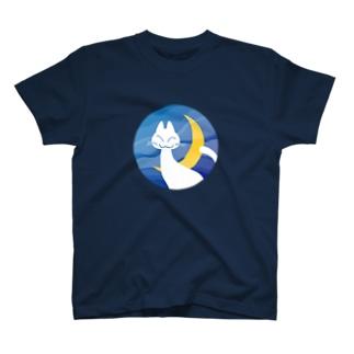 月夜の白猫 T-shirts