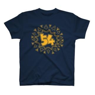 主張強めの54マーク T-shirts