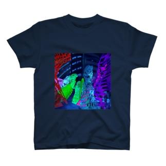 都市 T-shirts