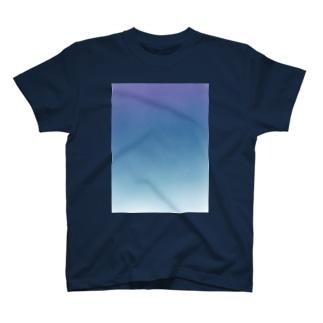 薄暮 T-shirts