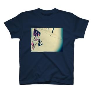 熱蝶 T-shirts