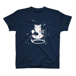 とらとじんべえ T-shirts