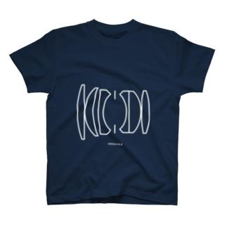 105の2.4 ロクナナ T-shirts