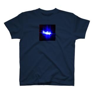 青いフラッシュバック T-shirts