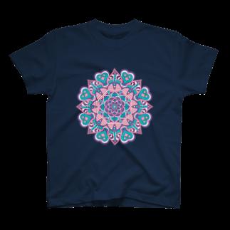 ネイティブ柄専門ショップのボーホー柄A T-shirts