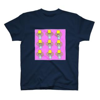 MAA4大量発生 T-shirts
