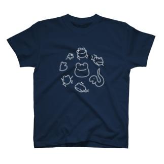 【けこがえる】ぐるぐる しろ T-shirts