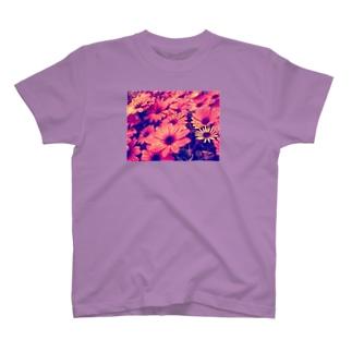 水滴つややくお花 T-shirts