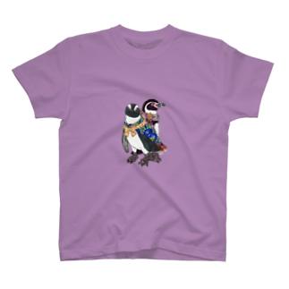 着物ぺんぎん―モダンきもののケープとフンボ― T-Shirt