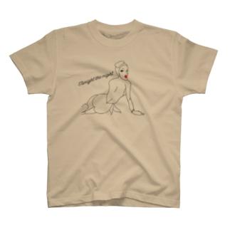 peperoniのキスミートゥナイト T-shirts