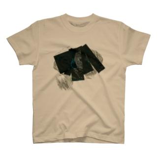 KURUSU T-shirts