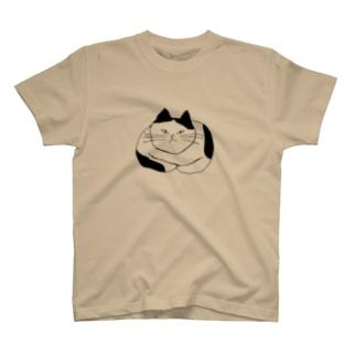 ふてぶてしい猫 T-shirts