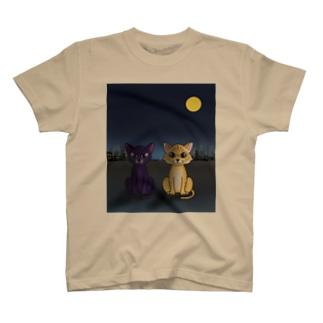 きゅるるんネコさん T-shirts