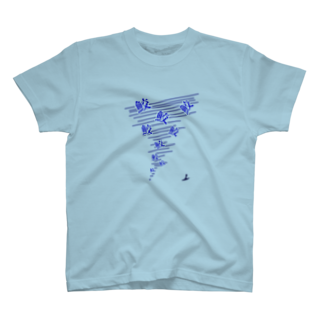 be116の鮫竜巻Tシャツ