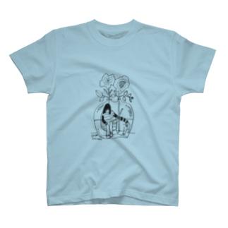 かびんのなか T-shirts