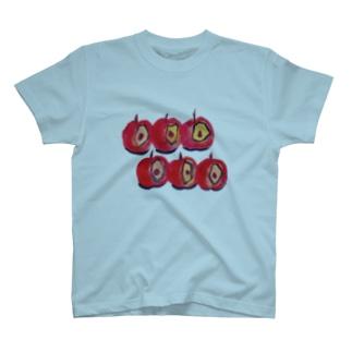 6個のりんご T-shirts
