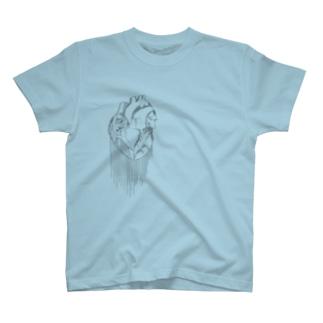 心臓が痛い T-shirts